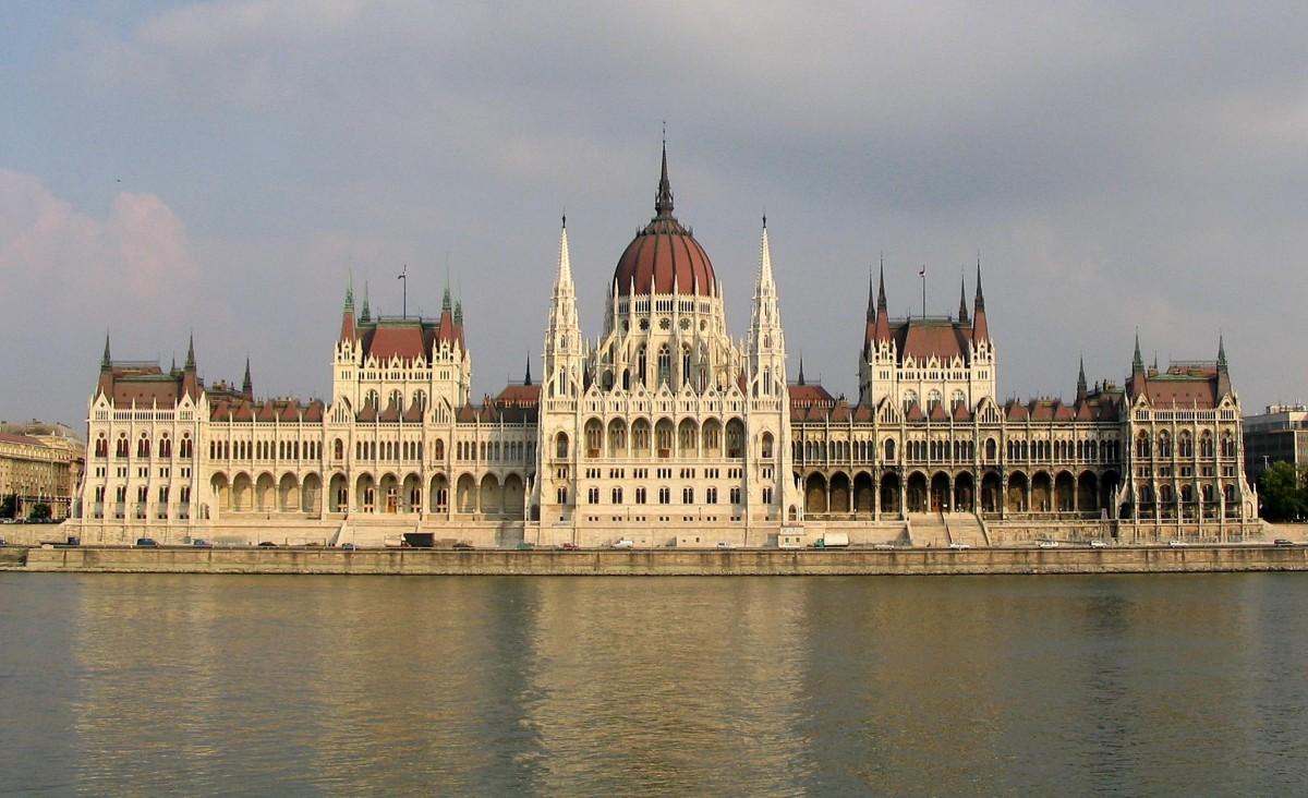 Budapest_Parliament_4604