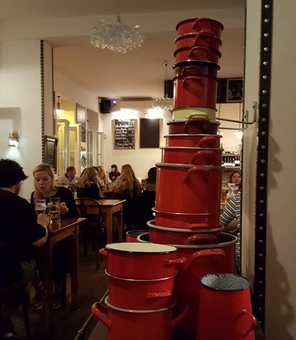 ¿Dónde comer en Budapest? El restaurante Menza.